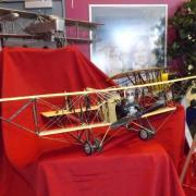Avions de vol circulaire réalisation M. Jean Caliste