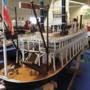 Bateau à roue arrière américain de 1868 le