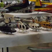 Belle brochette d'hélicoptères