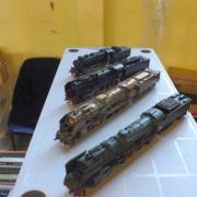 Belle brochette de locomotives à vapeur