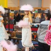 Belle collection les robes sont réalisées à la main par Monique
