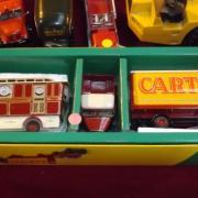 Camion avec remorque de cirque