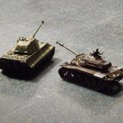 "Chars ""King Tiger"" et ""M41 Walker Bulldog"" en démonstration"