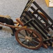 Cheval et atelage en bois