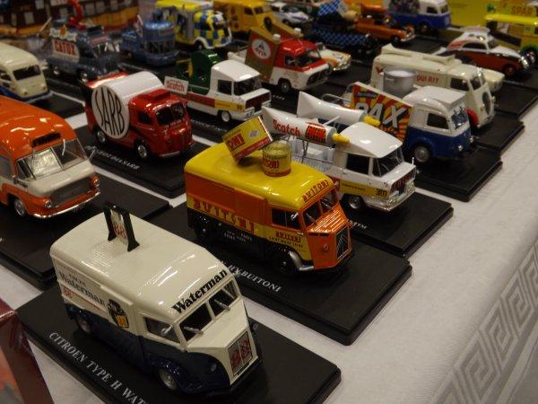 Collection de véhicules publicitaires