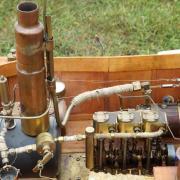 Le moteur de la chaloupe