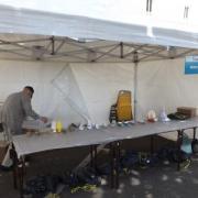 Installation de l'atelier de construction de maquettes en carton