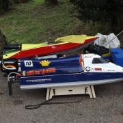 Catamaran F1 avec moteur 26 cc
