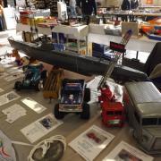 Au 2è plan un sous-marin U-47