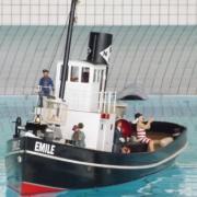Gros plan sur le remorqueur Emile