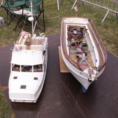Navigation amicale, bassin nautique à Meaux (Juillet 2011)