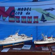 """Le """"Pégasus III"""" et la """"Calypso"""" du Model Club de Meaux"""