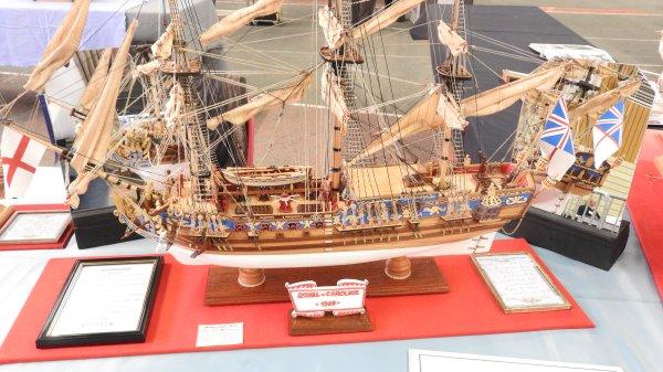Le Royal Caroline navire anglais de 1749