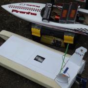Maquette en cours de construction et un Offshre le