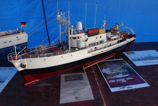 Navire océanographique du Commandant Cousteau, la