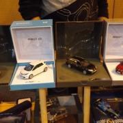 Parmis ces Renault une Zoé et une Clio