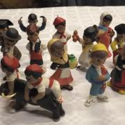 Petites figurines