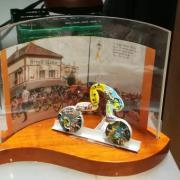 Plusieurs fèves composent cet hommage au Tour de France