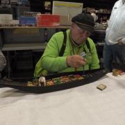 Remise en place des légumes dans la barque à Cornet des Hortillonnages