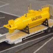 Remorque avec le sous marin de recherches Galathée