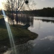 Surprise du matin le plan d'eau a débordé