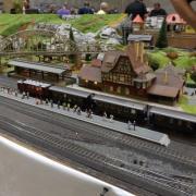 Train arrivant en gare de Neuffen