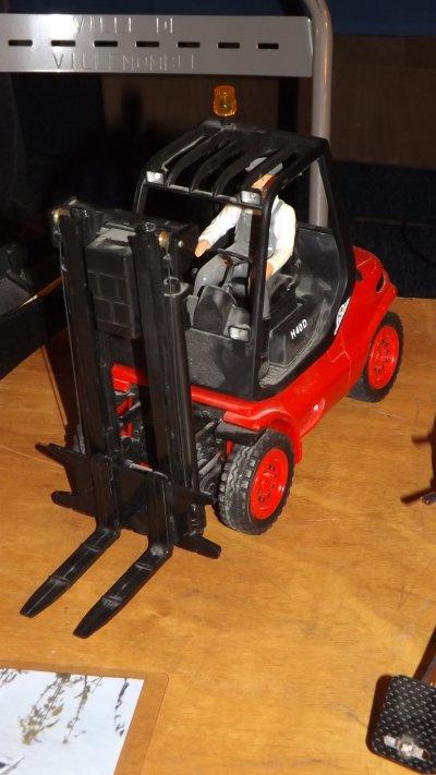 Un chariot élévateur Linde H40D