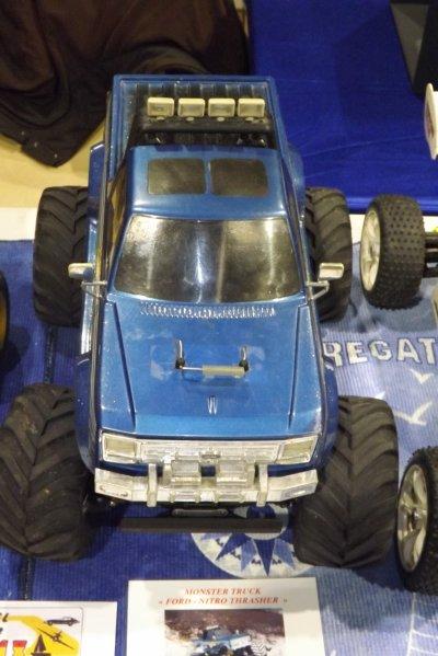 Un Monster Truck Ford Nitro Thrasher - 1,5 cm3